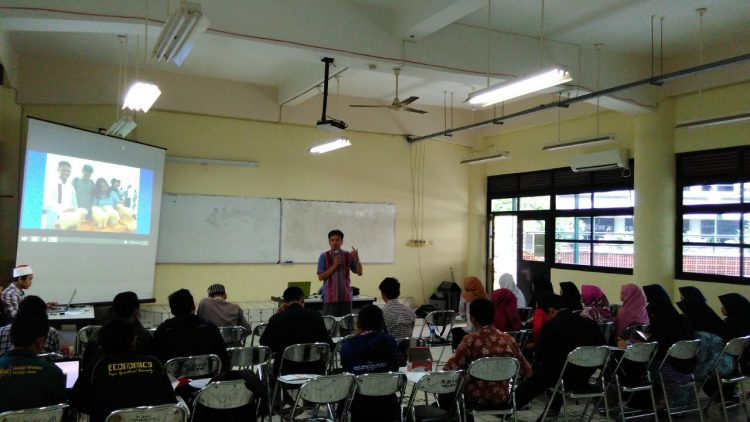 Sosialsasi Program Kreativitas Mahasiswa dan Halaqoh Ke-NU-an